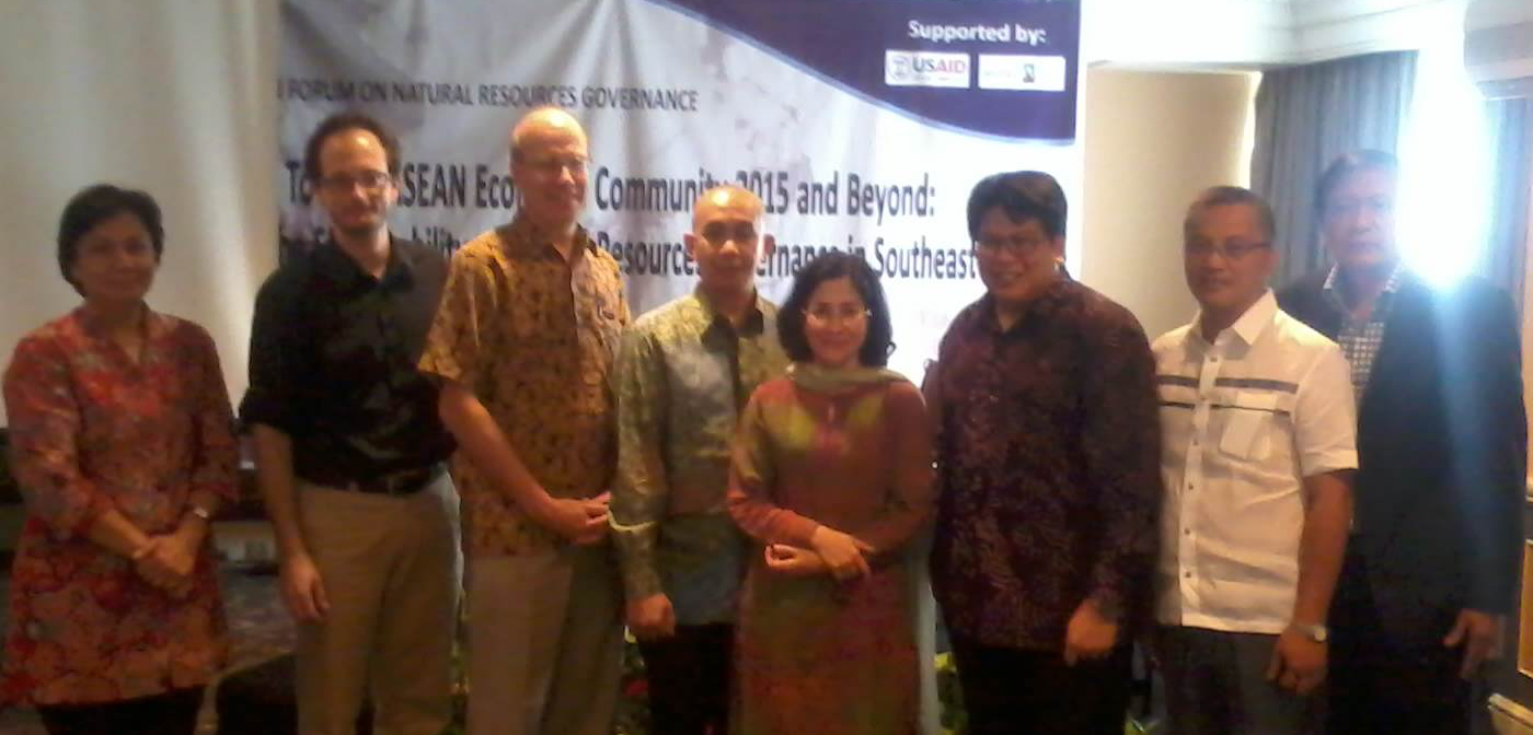 ASEAN Forum on Natural Resources Governance (www.kebebasaninformasi.org)